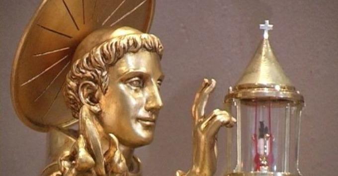 Statua e Reliquia del Santo da Padova