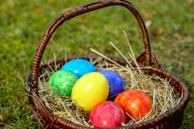 Uova di Pasqua colorate dove deriva Antica Usanza