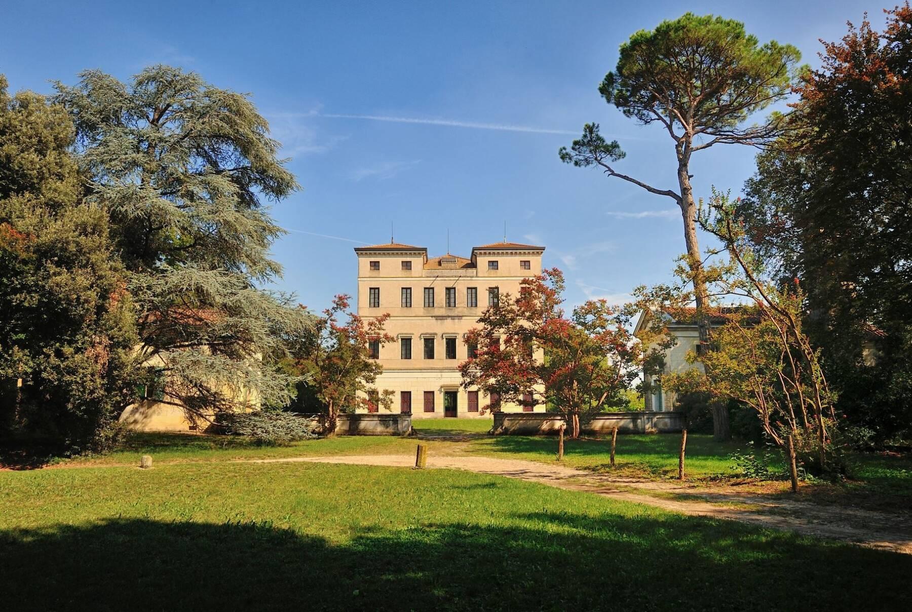 Villa Papafava